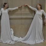 Tanzduo Verticordia in Berlin, Brandenburg und ganz Deutschland buchen. Tänzerinnen als Künstler für Event buchen. Unterhaltungskünstler im besonderen Doppelkleid.